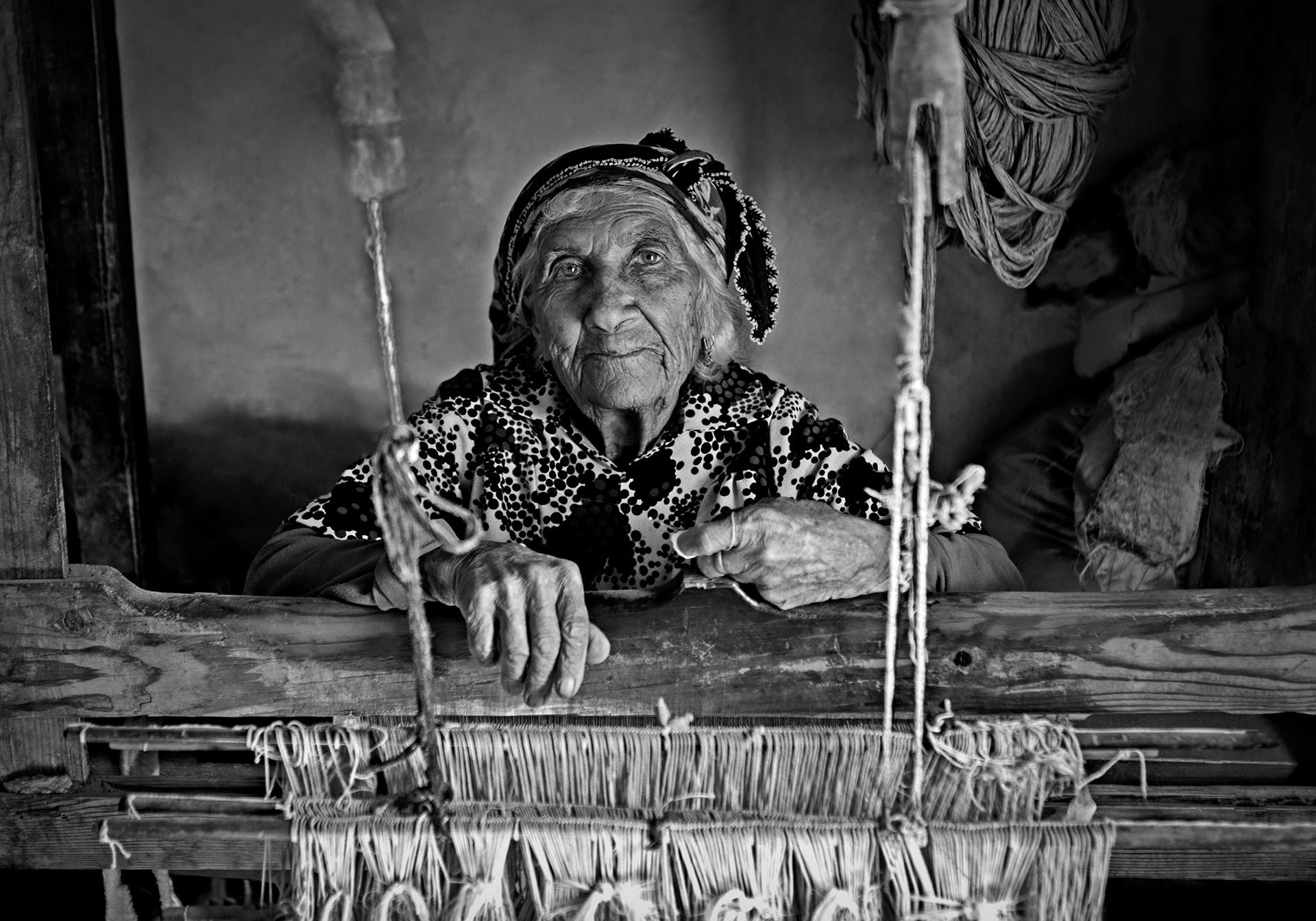 Buket ozatay woman weaver